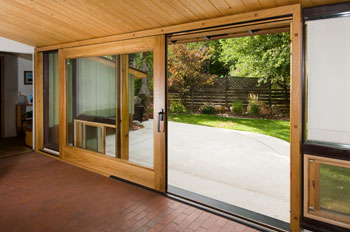 Schiavone lift and slide door